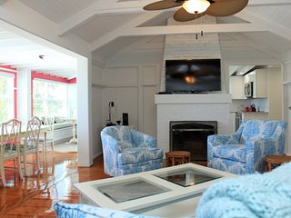 Starfish Landing Amazing Renovated Mid Island Gulffront Beach House and Guest