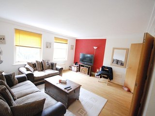 NICE TWO DOUBLE BEDROOMS FLAT IN NW3, Londres