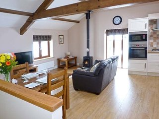 Pip's Hideaway - Roe Deer Cottages - 1 Bedroom Cottage - Log Burner, Selside