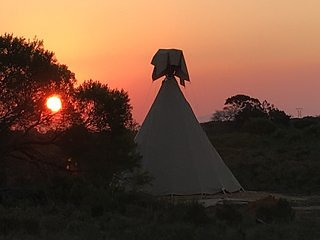 Sunset Teepee Retreat - Mustang Sally Teepee, Mossel Bay