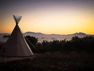 Sunset Teepee Retreat - Crazy Horse Teepee