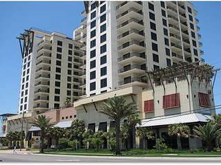 Gulf views 1 bedroom 1 bath sleeps 5 Very nice unit, Panama City Beach