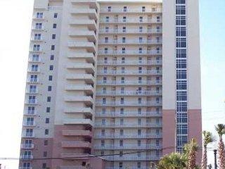 Master on Gulf.  3 bedroom 2 bath sleeps 8 beautiful beach views and sunsets, Panama City Beach