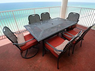 Gulf front 4 bedroom 4 bath sleeps 12 double master on Gulf + HUGE BALCONY