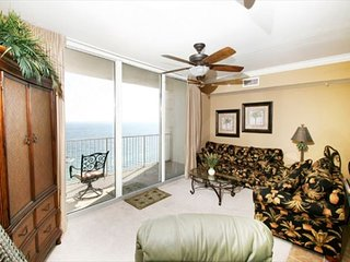 2 King beds  3 Bath + Bunk room + sleeper sofa Gulf front condo Sleeps 8