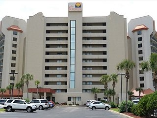 Gulf Front 2 bed/2 bath Masters On Gulf Sleeps 7 First floor unit new kitchen
