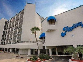 FREE BEACH CHAIRS AV303 Gulf Front condo 2 Bed 2 Bath Panoramic View 3rd FL, Panama City Beach