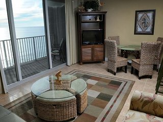 FREE BEACH SERVICE thru 10/31/17 Gulf front 2 bedroom 3 bath sleeps 8