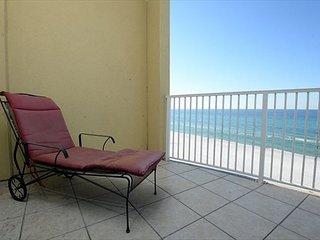 Gulf front 2 Bedroom, 2 bathroom with sleeper sofa (sleeps 8), Panama City Beach