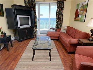 Gulf front 2 bedroom 2 bath with Bunk bed and sleeper sofa  sleeps 8