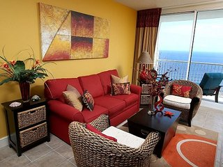 2BR/2BA Upgrades in Every Room Master on Gulf a New King Bed (Sleeps 6)