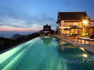 Magnificent 7-Bed Sea View Villa in Kamala