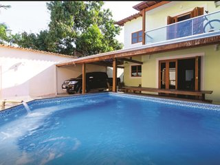 Casa com piscina no Centro Paraty RJ