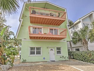 NEW! 'Seascape' 4BR St. Augustine House on the Beach!, Saint Augustine