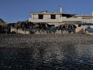 Villa by the sea ., Vrachati