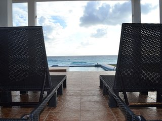 Beach Front House !!!!  Casa Picon Cancun