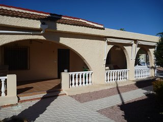 Ciudad Quesada Villa with 5 Bedrooms to Let.