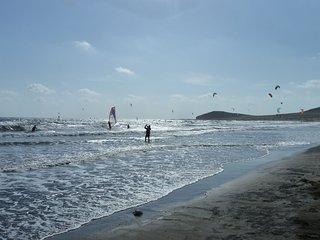 D&D Casa Medano - directly on the beach and kitesurfing spot