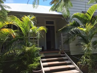 Gorgeous renovated Queenslander in great location