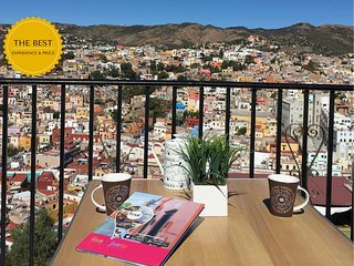 Cozy room with a perfect view of Guanajuato city.