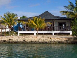 Villa 5 Bonaire   Waterlands Village, Kralendijk