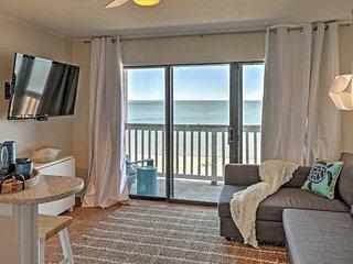 'Surfside Suite' Corpus Christi Condo w/Ocean View