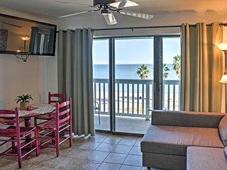 'Sandcastle Suite' Corpus Christi Condo w/Balcony!