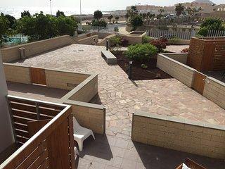 Perfecto dúplex con gran terraza frente al mar