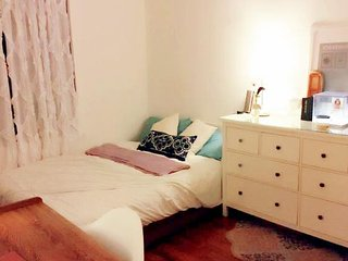 Lovely Bedroom at Midtown
