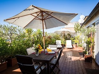Perfect Luxury Penthouse-Huge Sunny Terrace-Designer Decor- Fresco Apartment, Roma