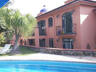 Wonderful 2 Bedroom Condo in Paradise!, Ajijic