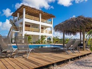 BEACHES ocean view apartments, Kralendijk