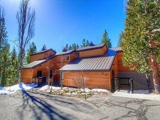 Tahoe City Condo in The Villas ~ RA885
