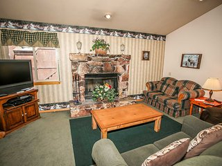 801- Pine View Cottage, Big Bear Region