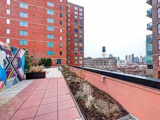 Cast Iron Lofts: 2BR Fully Furnished Suite in New York