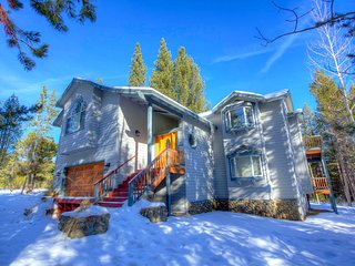 Wonderful Secluded Home Sleeps 12 ~ RA3500, South Lake Tahoe