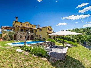 Villa Bacula, Pazin