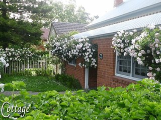 Rose Cottage, Albury