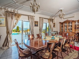 Luxurious Villa Ellania in Corfu Gouvia
