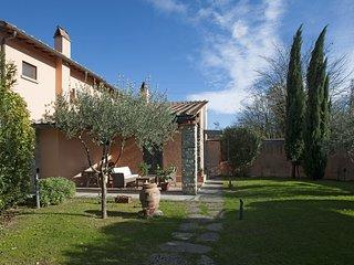 """Casa Colonica"""" IL GIGNORO """" ....... a typical Tuscan farmhouse in the city !, Florencia"""