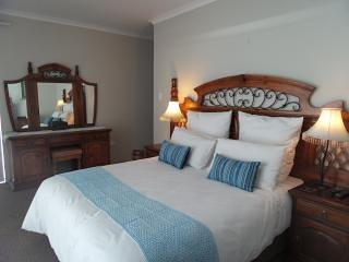 Sunbirdview Self-catering or B & B - unit 4