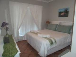 sunbirdview Self-catering or B & B - unit 3, Langebaan