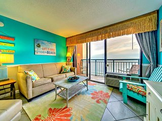 TROPICAL Direct Oceanfront 1 Bedroom at Sandcastle, Myrtle Beach