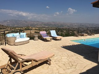 3 Bedroom Villa with private pool & stunning views