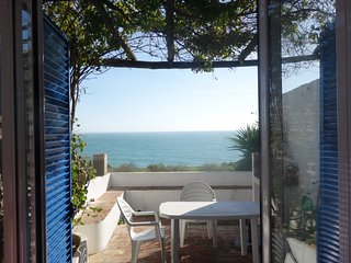 Casa Carolina Albufeira- Seaview beach cottage