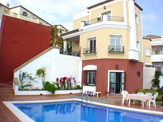 Villa with private pool, Torrox