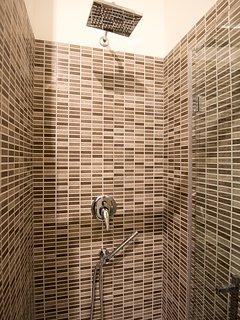 particolare della doccia