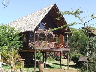 Makuti Cottage