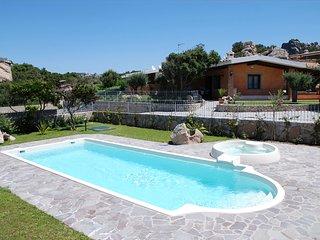 villa esclusiva con piscina privata