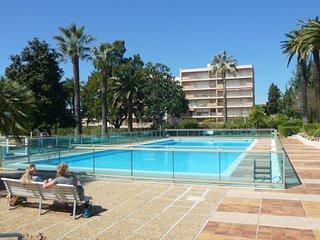 Grand studio dans résidence de luxe avec piscines